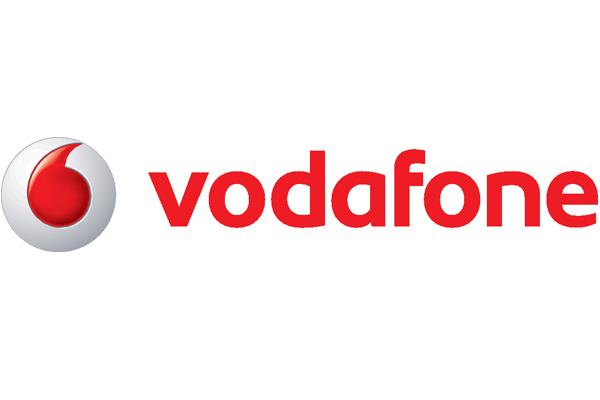 4-colour(CMYK) with Red Wordmark Horizontal Logo Artwork